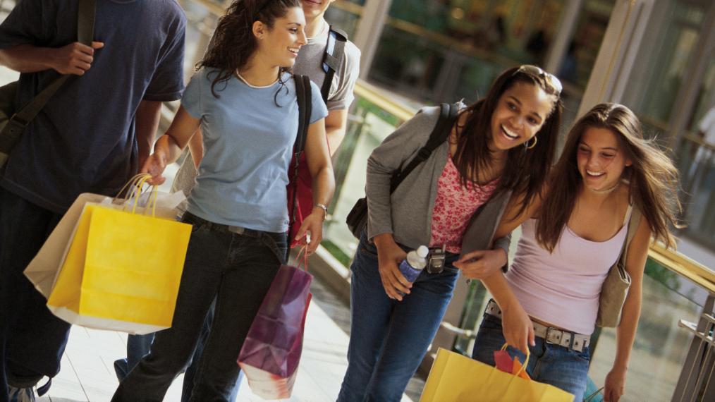 Dicas para vender mais no Dia das Crianças: aproveite a transição para a adolescência!
